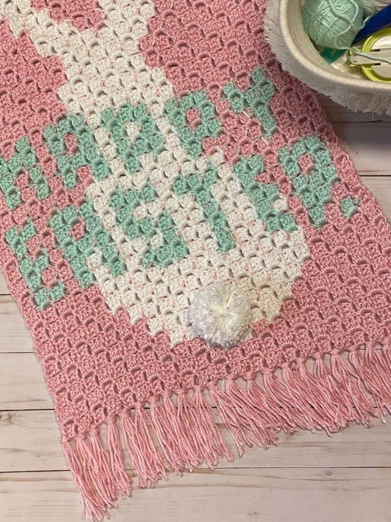 Quick and easy Easter Bunny crochet wall hanging. Using Caron Simply Soft Yarn. www.kelseyjanedesigns.com